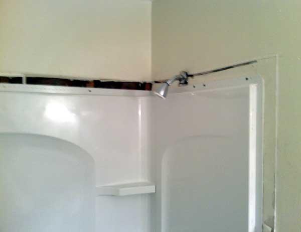 tub-leak-2