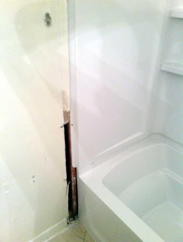 tub-leak-3