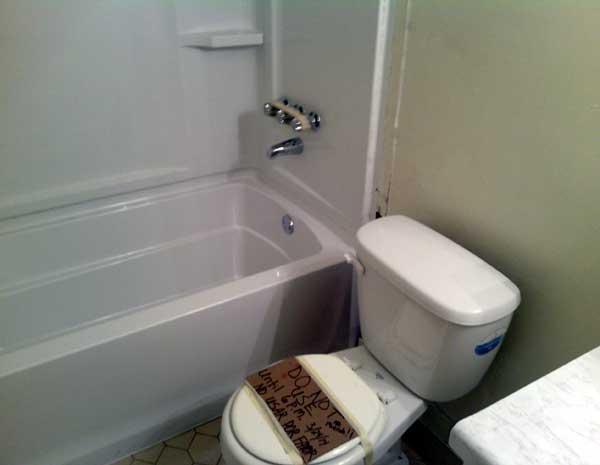tub-toilet-2