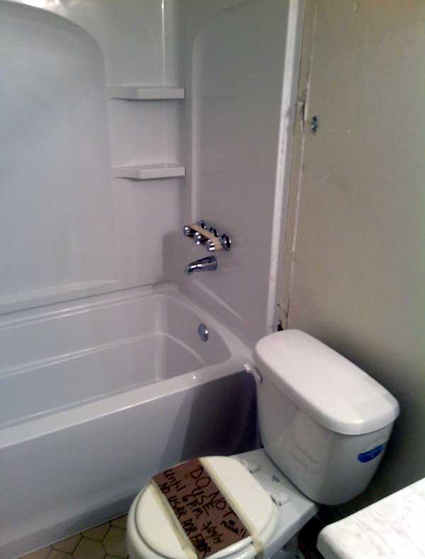 tub-toilet