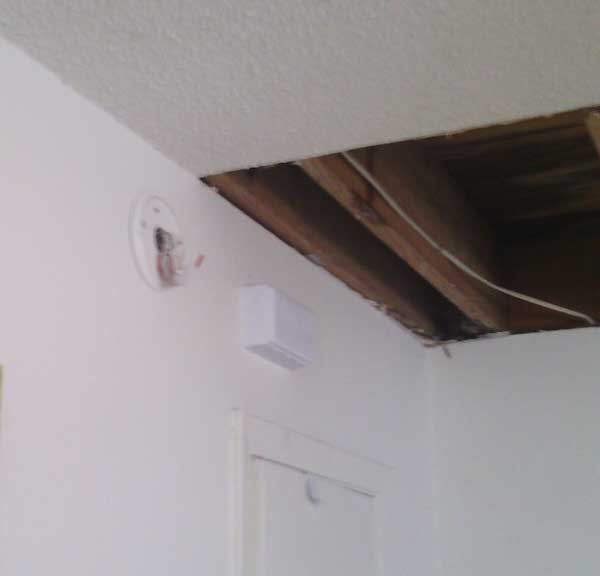 water-damaged-ceiling
